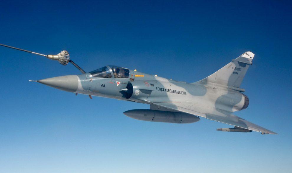 البرازيل تبيع 9 مقاتلات Mirage 2000 خارجه من الخدمه  Mirage2000_FAB_01-990x586